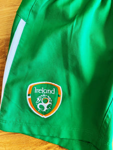 Umbro Republic Of Ireland Official Football Shorts | 7-8y