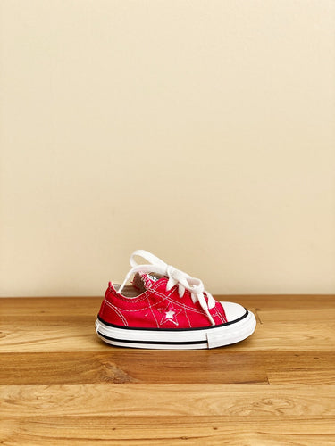 Converse Chuck Taylor One Star Sneakers | US 5 (Toddler) *Rare Item*