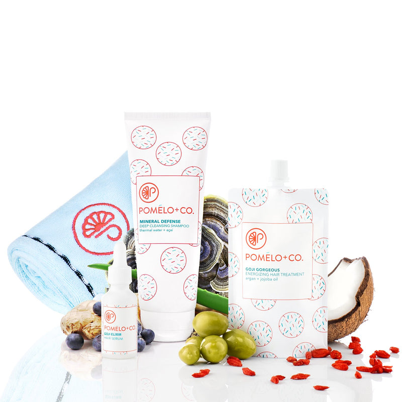 <b>SUPERFOOD TRIO SET</b> <br>Siero + Trattamento + Shampoo Mineral Defense