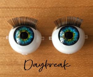 Daybreak - Standard Blinking Doll Eyes (Light Tan Eyelids)