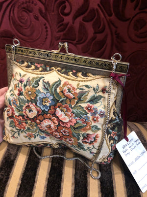Vintage Purses: 1950s 1960s Petit Point Tapestry Pouch Purse