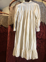 Women's Lingerie: Cream Cotton Nightgown