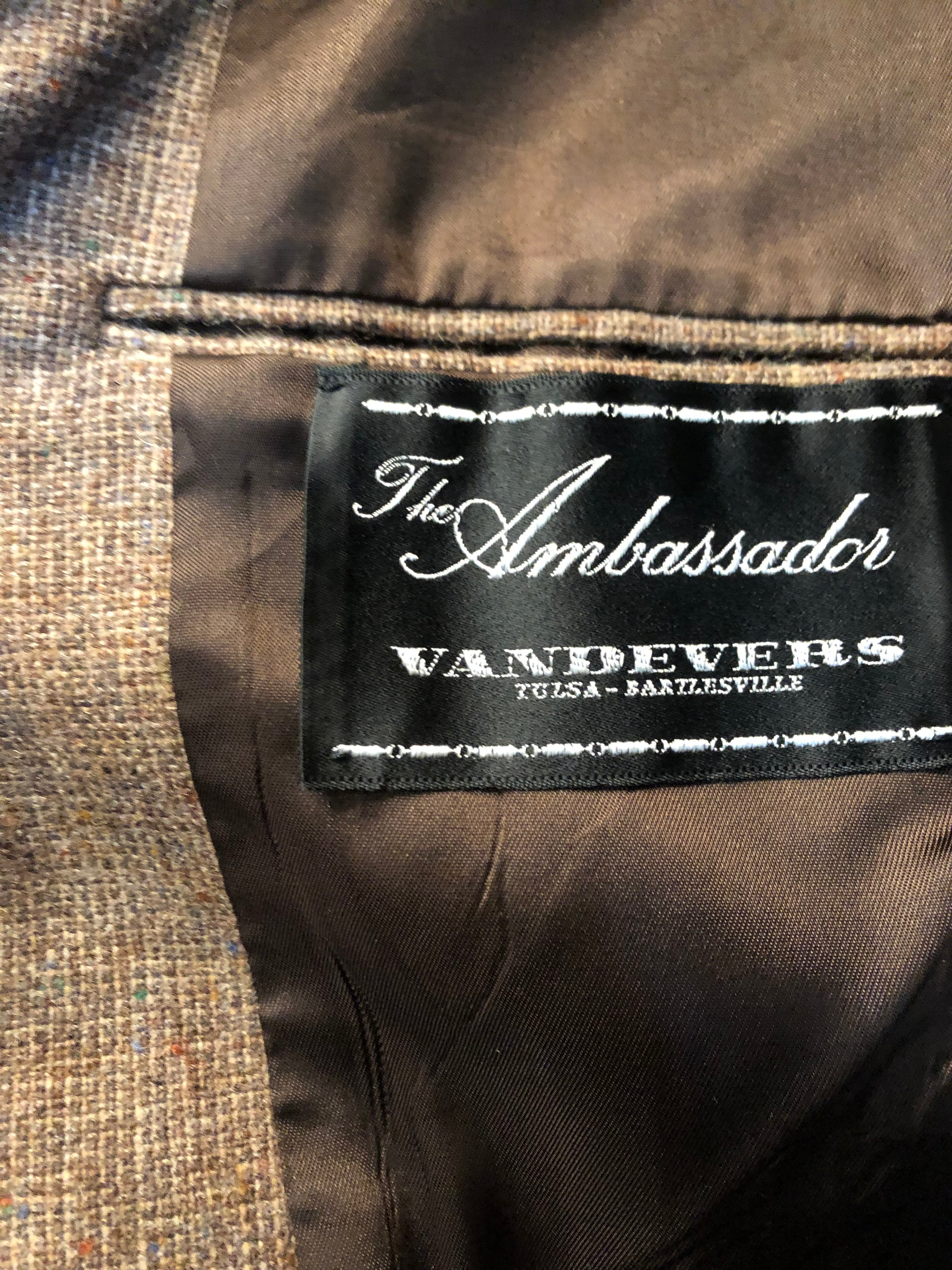 Men's Blazers & Sportcoats: Ambassador Chocolate Brown (1950's-1960's)