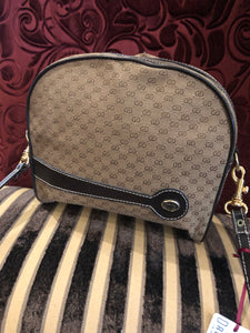 "Vintage Purses: Reproduction Vintage ""Gucci"" Replica Zip-Top Pouch with Detachable Strap"