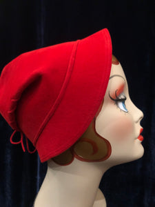 "Women's Hats: 1940s 1950s ""Little Red Riding Hood"" Tomato Red Velour Felt Hat"