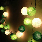 Guirlande lumineuse <br> boules vertes