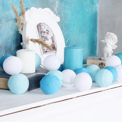 Guirlande lumineuse <br>boules bleues
