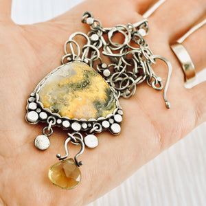 AOK - Bumble Bee Landscape Necklace
