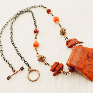 TN Coral & Spice Necklace