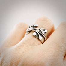 Load image into Gallery viewer, AOK - Wild Berry Vines Ring (size 6.5)