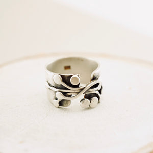 AOK - Wild Berry Vines Ring 03