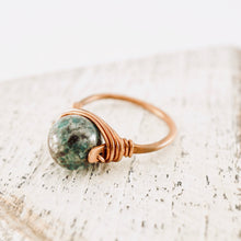 Load image into Gallery viewer, TN Green Jasper Copper Ring