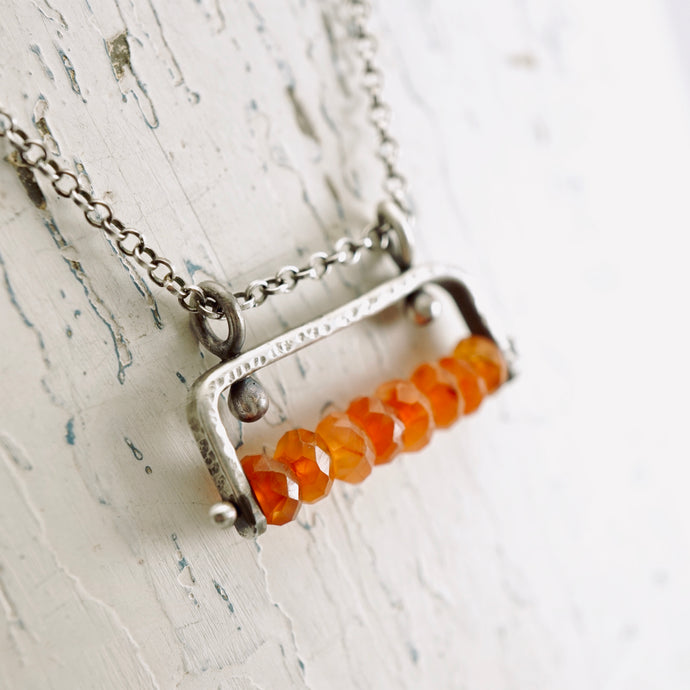 TN Carnelian Agate Bar Necklace