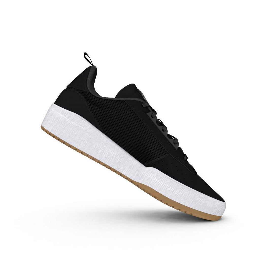 Liberty Cup Core Black/ Cloud White/ Gum4