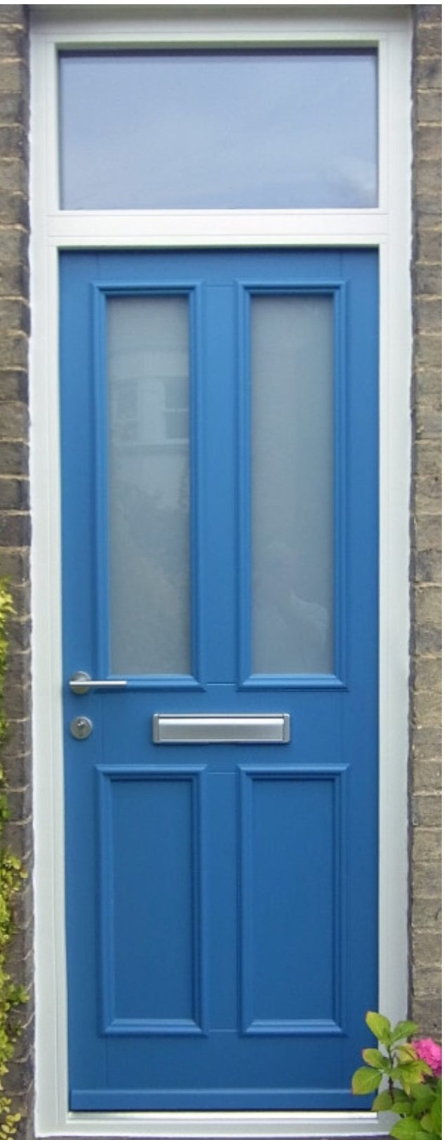 Kensington 2 Light Blue Timber Doorset Frosted With White Frame