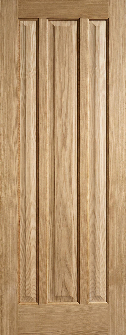 Kilburn 3 panel internal oak door, unfinished.