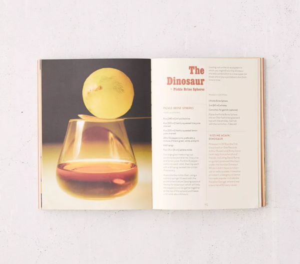 Disco Cube Cocktails: 100+ Innovative Recipes for Artful Ice and Drinks - Leslie Kirchhoff