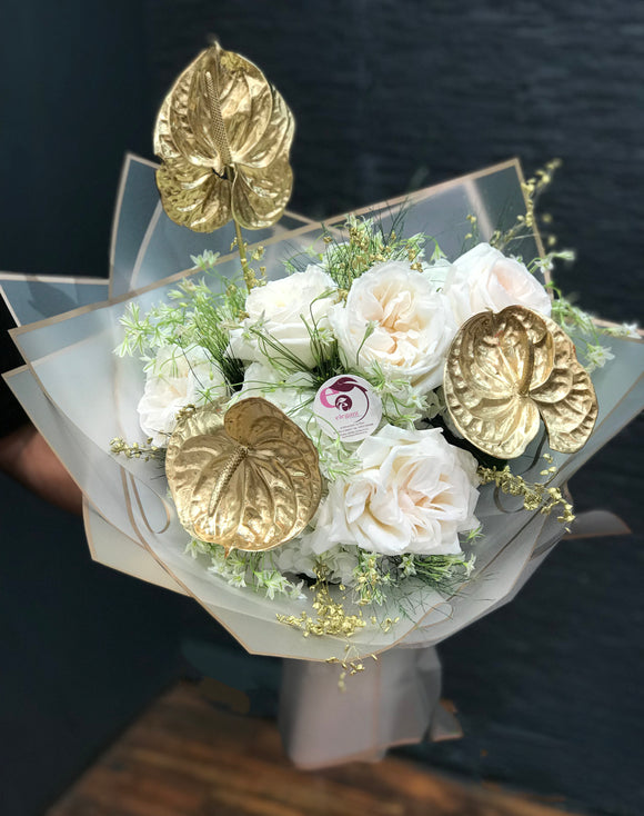 GOLDEN TOUCH BOUQUET