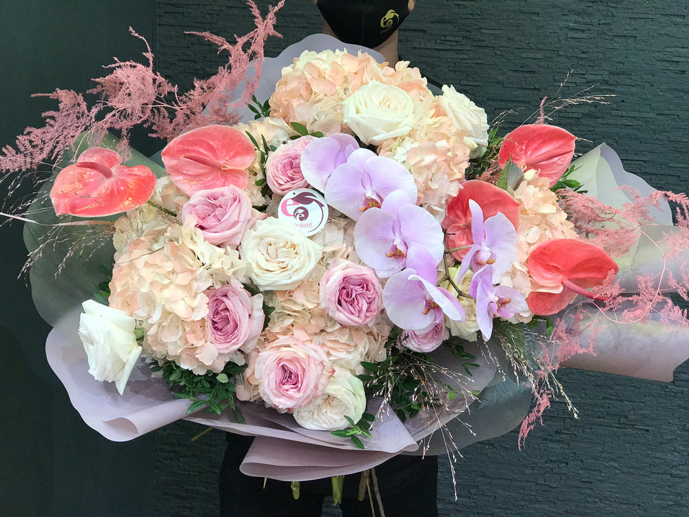MIX OF PINK BOUQUET