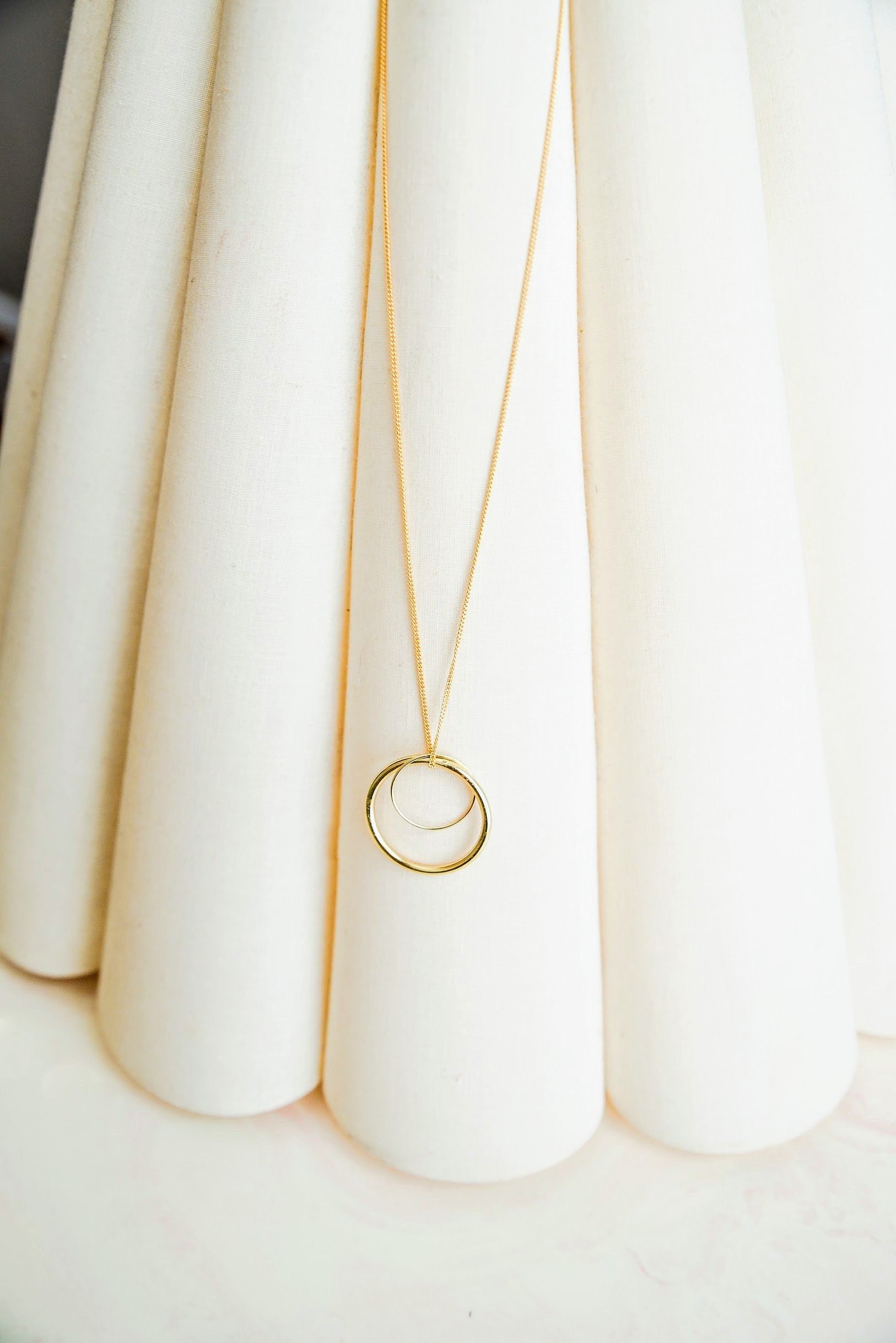 Rayna Large Hoop Necklace