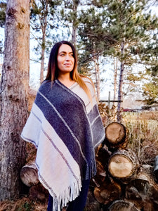 Western Smokey Mountain Poncho - Wanderer Traveling Boutique