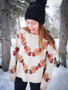 Eye-catching Ivory Sweater - Wanderer Traveling Boutique