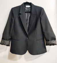 Load image into Gallery viewer, Perfect Vintage Black Blazer - Wanderer Traveling Boutique