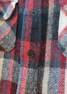 Vintage Men's Wool Plaid Jacket, close-up button detail shown.
