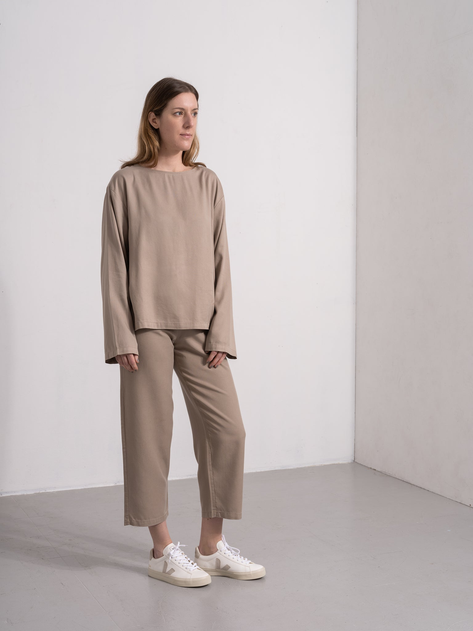 ESTHER LYOCELL PANT GREIGE