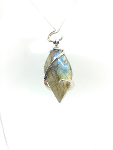 Glittering Rainbow Labradorite Pendant Necklace in Sterling Silver