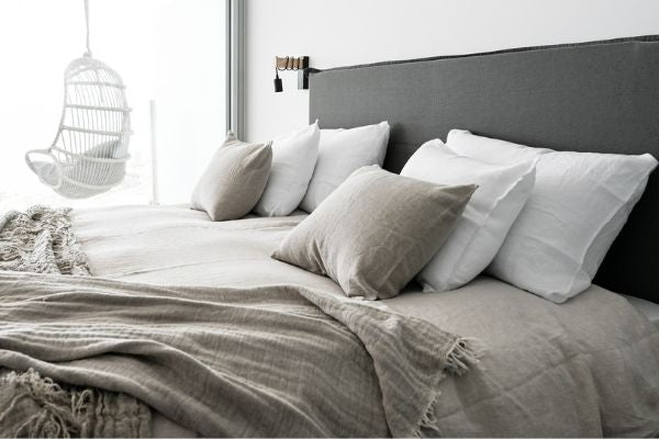 Linen bed sheets totally change the bedroom atmosphere