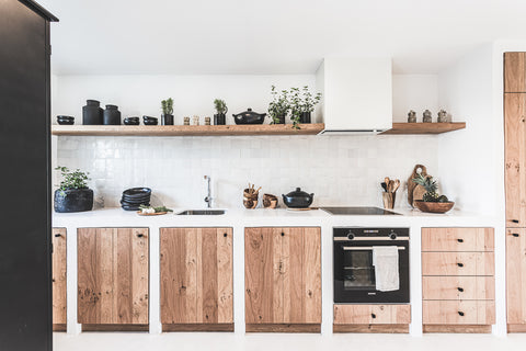 Built in kitchen with micro cement and wood