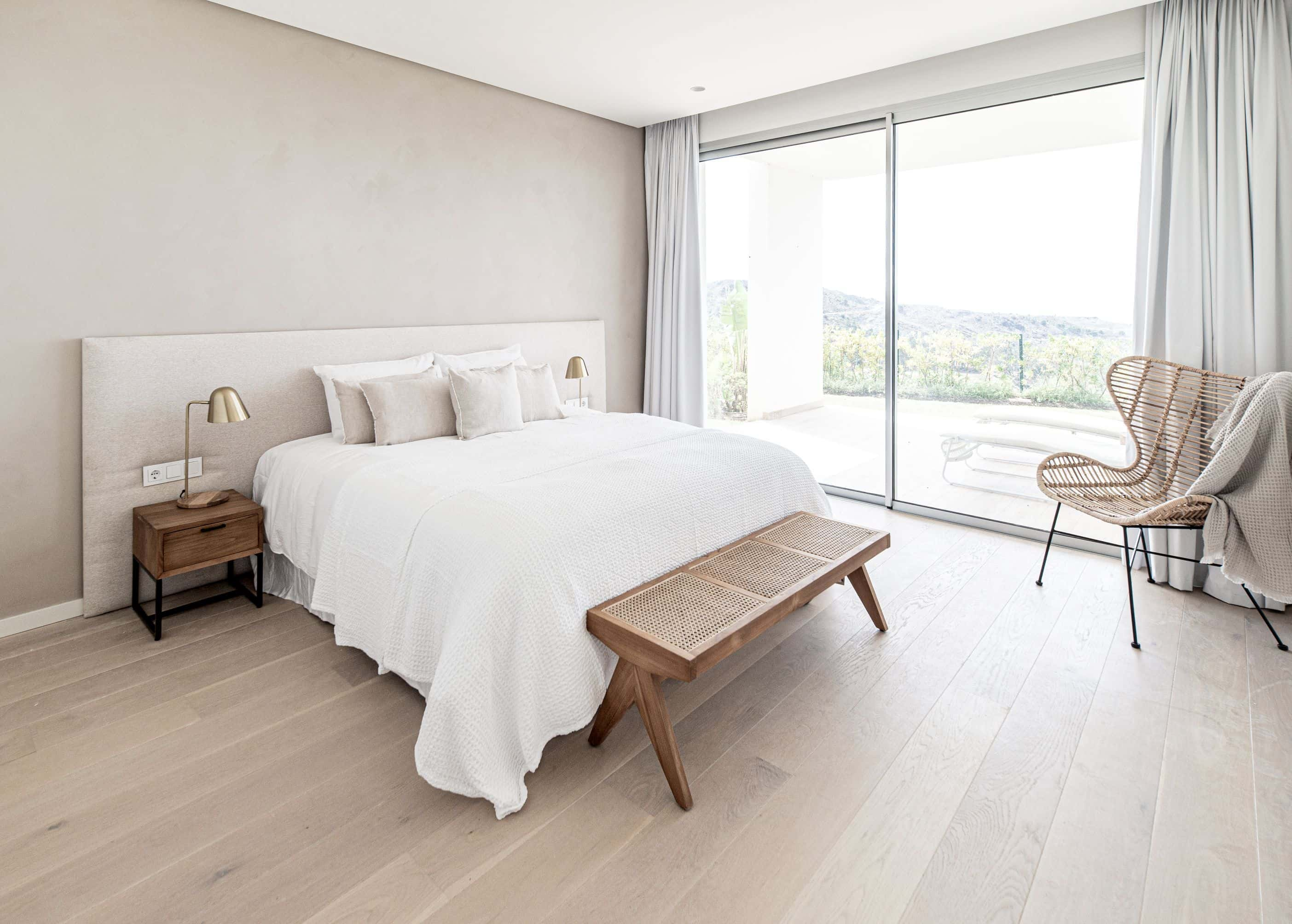Use Neutral Colours on Walls