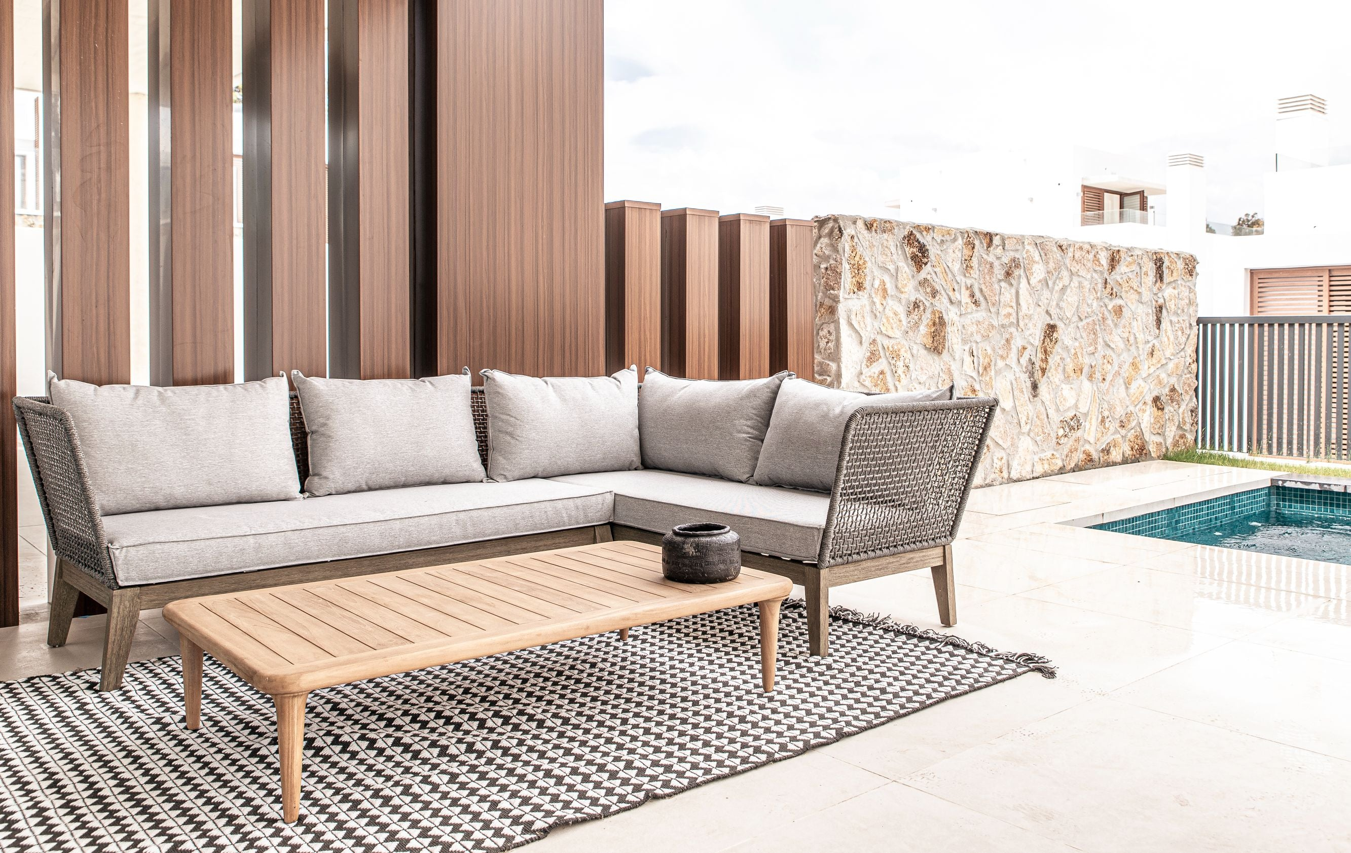 Zoco Home Quality Outdoor Furniture Package