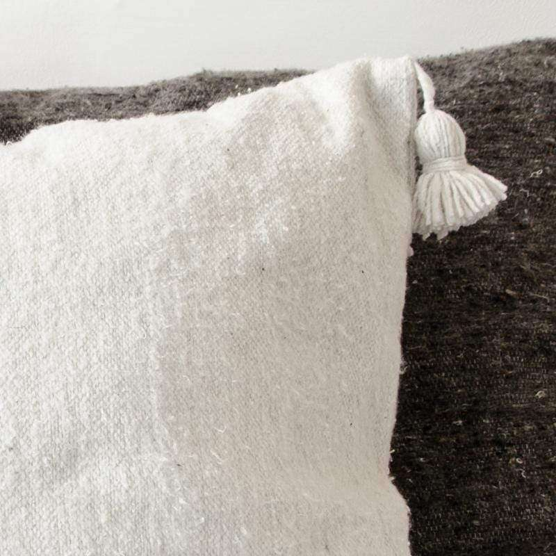 White PomPom cushion cover, 60x60cm