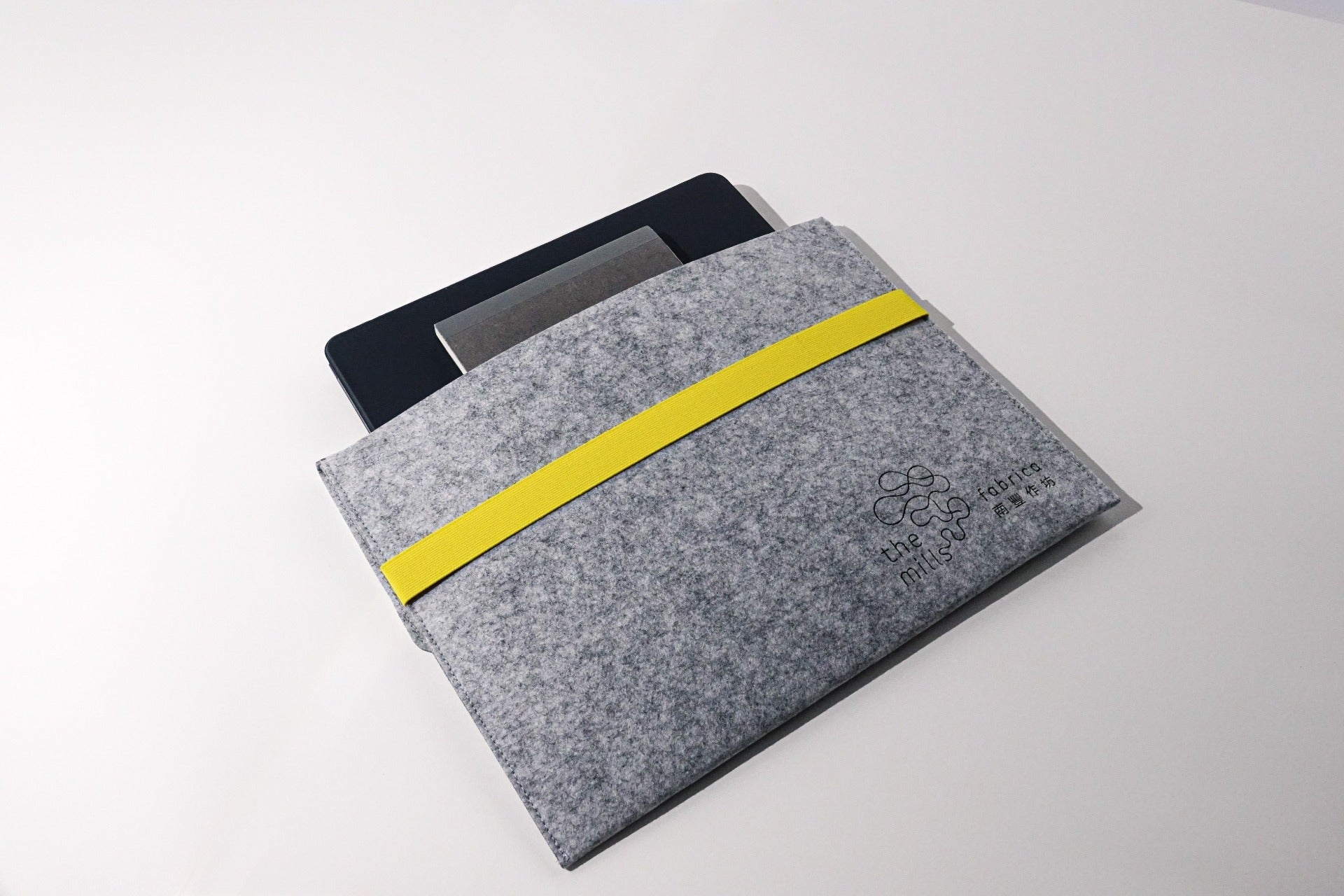 Eco-friendly Laptop Sleeve - techstyleX