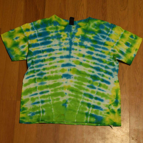 Youth Small Tie-Dye T-Shirt - clothing - anvil random small tshirt youth - STUFF N THINGS