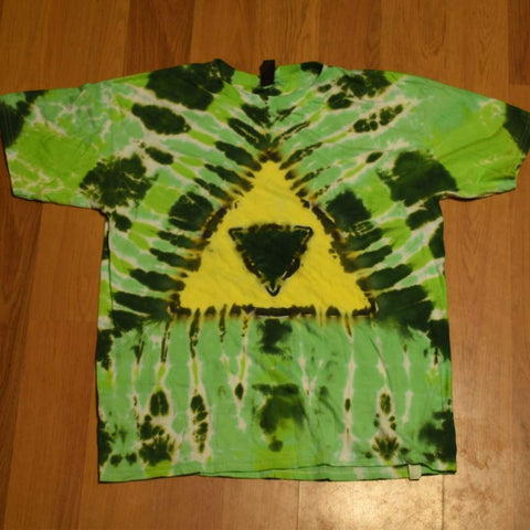 Youth XL Triforce T-Shirt - clothing - anvil triforce tshirt xl youth - STUFF N THINGS