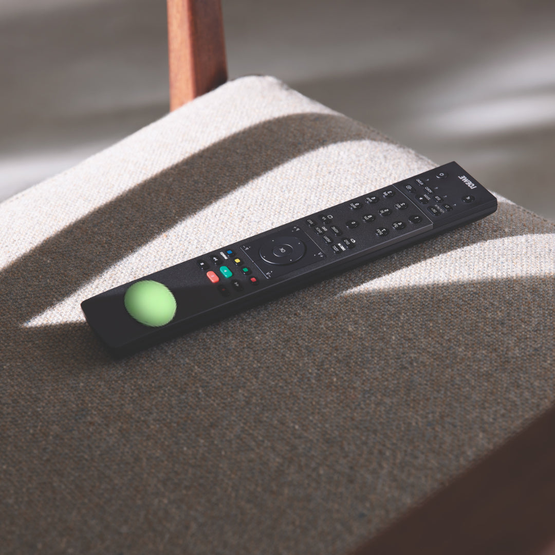 Glow in the dark spots GIDS on remote control