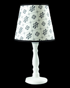 Load image into Gallery viewer, Patterned Table Lamp