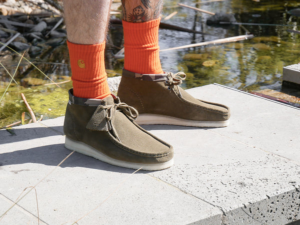 CARHARTT WIP x CLARKS ORIGINALS WALLABEE BOOT