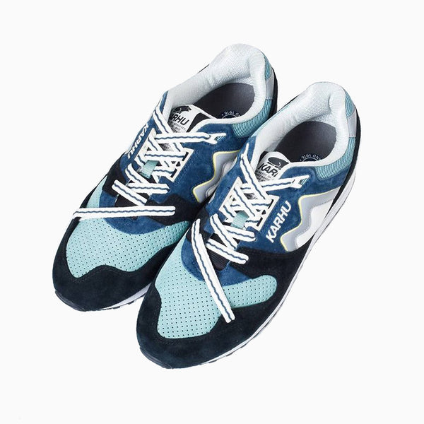 Karhu Synchron Classic - Jet Black/ Blue Wing Teal