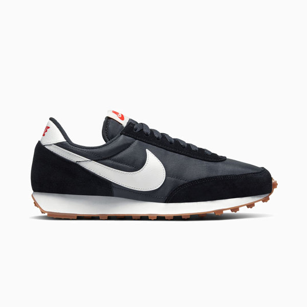 Nike Women's Daybreak - Black/White