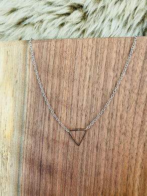 The Triangle Choker