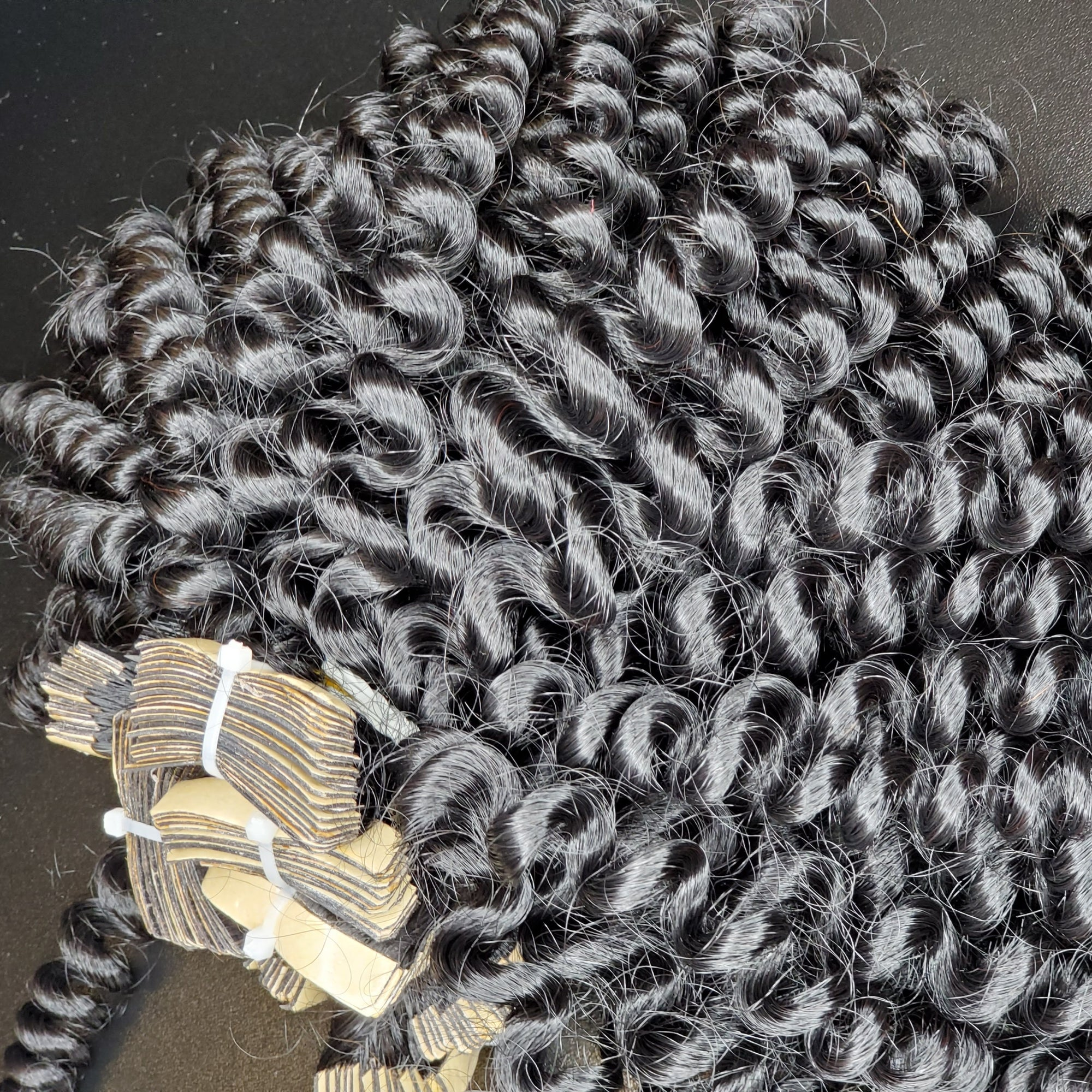Type 3 Textured Extensions (Curly)