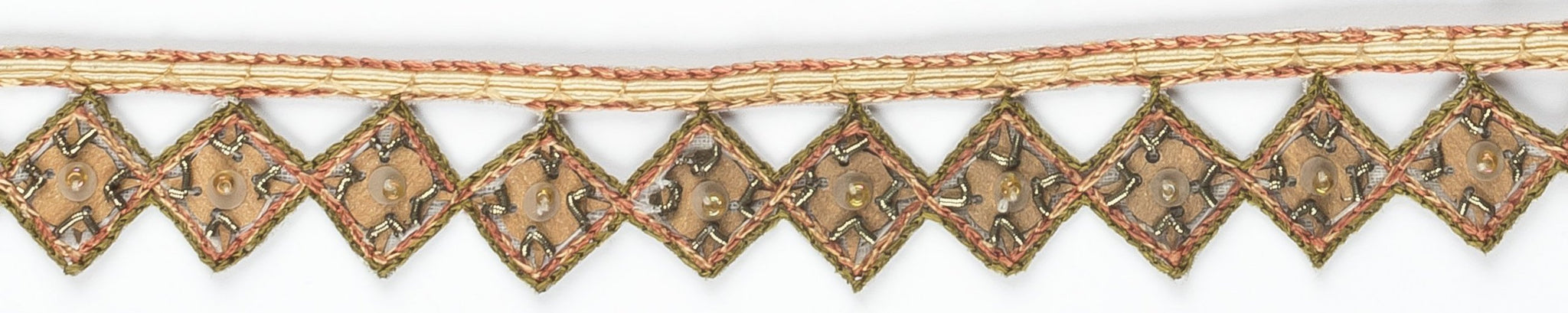 Diamond-shaped Indian Sequined Trim