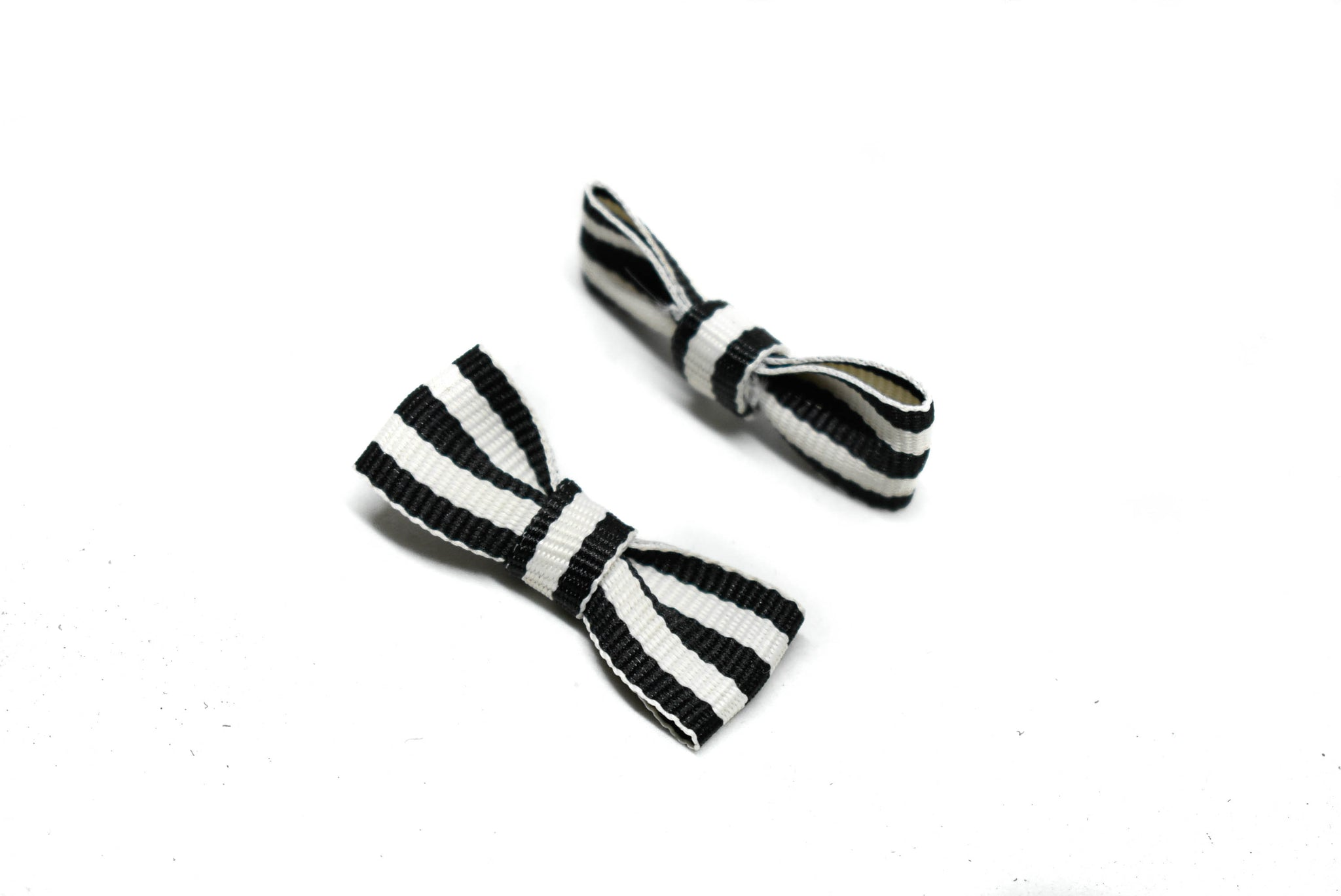 "1 1/2"" x 3/4"" Mini Striped Bow"