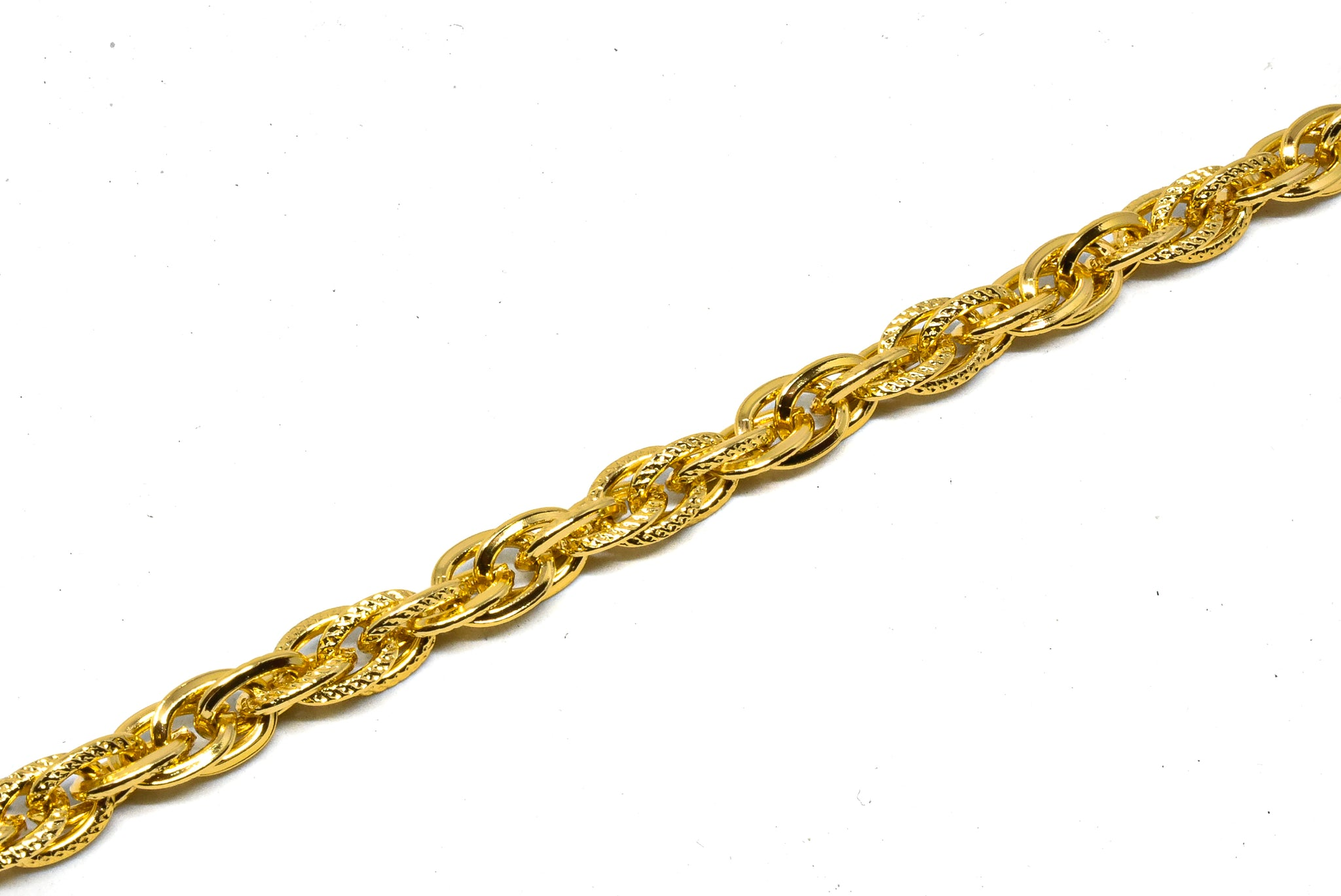 "1/5"" Gold Multi-Layer Chain (Aluminum)"
