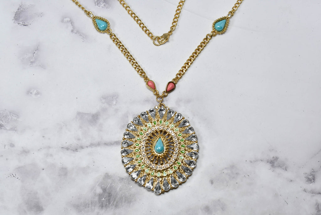 Beautiful Gold w/Colorful Rhinestones Necklace