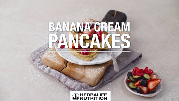 Quick & Easy Herbalife Banana Cream Pancakes 🍌